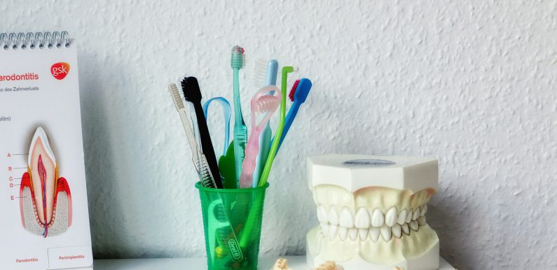 Jakie aspekty należy wziąć pod uwagę przy wyborze dentysty?