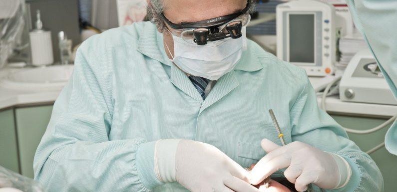 Jakie aparaty ortodontyczne znajdują się na rynku?